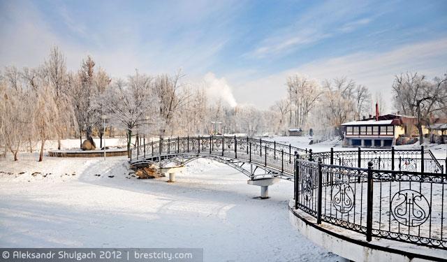 Морозное утро в парке