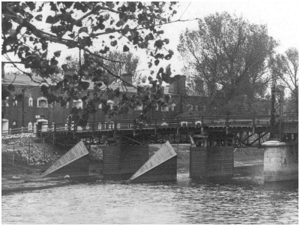 Старые фото Бригидского моста Брестской крепости
