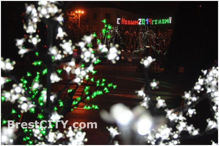 Новогодняя уличная иллюминация
