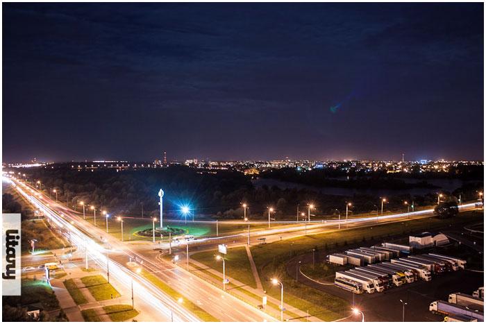 Варшавское шоссе ночью в Бресте