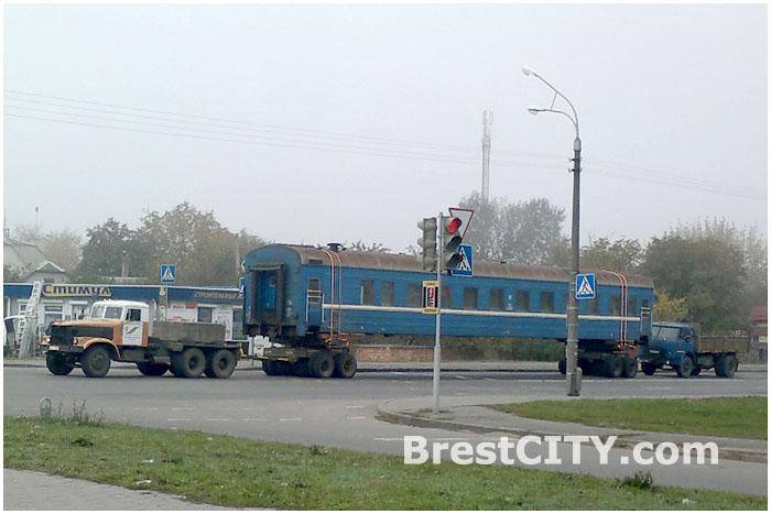 Перевозка по городу железнодорожного вагона