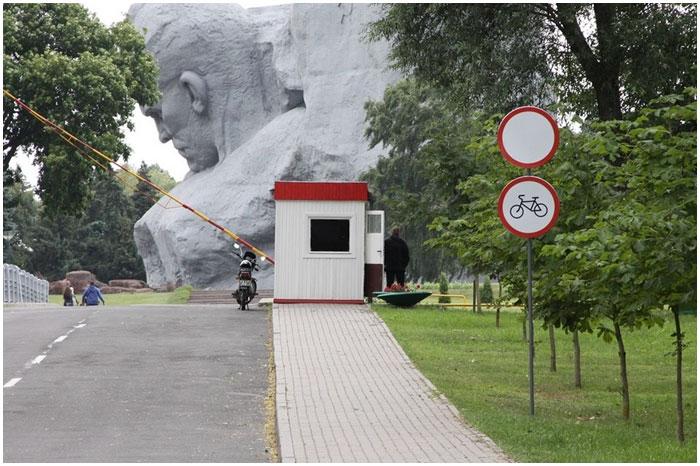 Движение на велосипедах в Брестской крепости запрещено