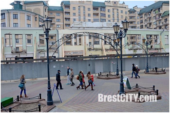 Надпись польского часу в центре Бреста на Советской