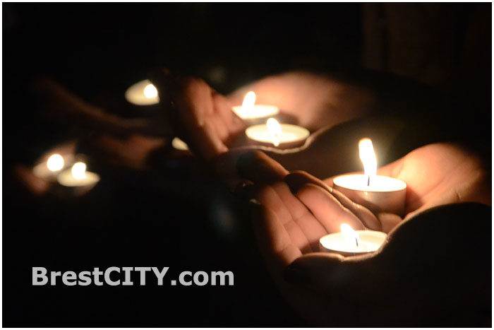 """Акция """"Час Земли"""" - 2014 прошла в Бресте (фото, видео)"""