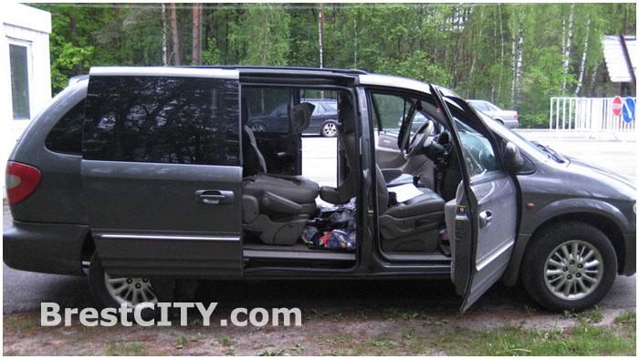 Автомобиль Крайслер изъят на границе в Песчатке