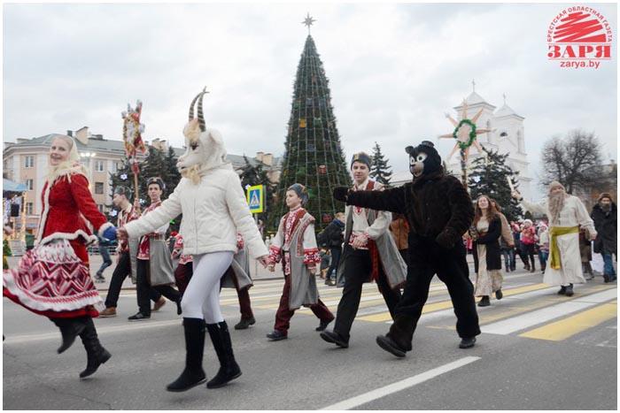 Открытие новогодней елки на площади Ленина в Бресте 20 декабря 2014
