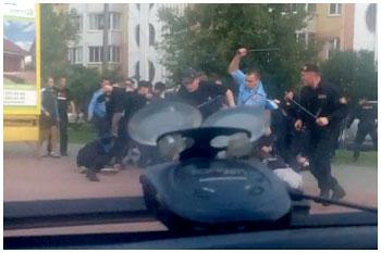 Избили фанатов Динамо Брест в Солигорске