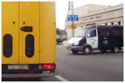 Автомобиль ГАИ врезался в легковое авто на Я.Купалы в Бресте