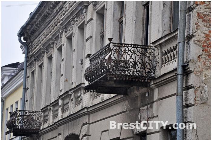 Бывшее здание госархива  по ул. Советских Пограничников, 34 в Бресте