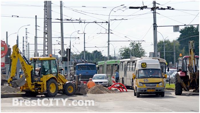 Дорожно-ремонтные работы на ул. Московской в Бресте
