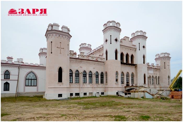 Коссовский дворец. Замок в Коссово. Брестская область, Ивацевичский район