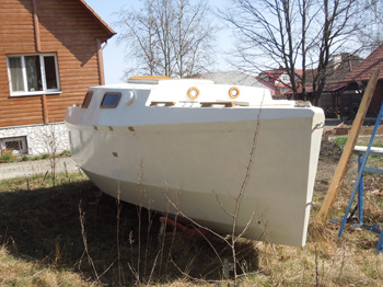 Дмитрий Суярков строит яхту для кругосветного путешествия
