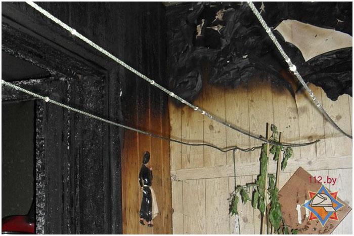 Пожар на улице Суворова в Бресте 7 апреля 2014