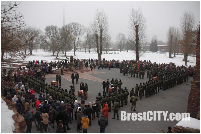 Присяга пограничников в Брестской крепости 6 декабря 2014
