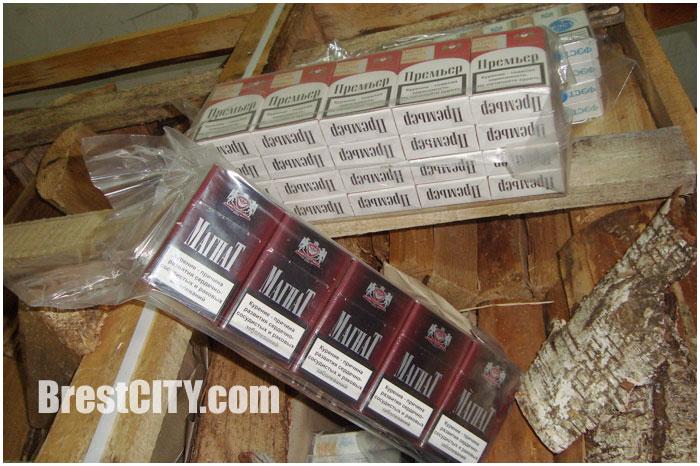 В колотых дровах пытались вывезти из Беларуси сигареты в Польшу