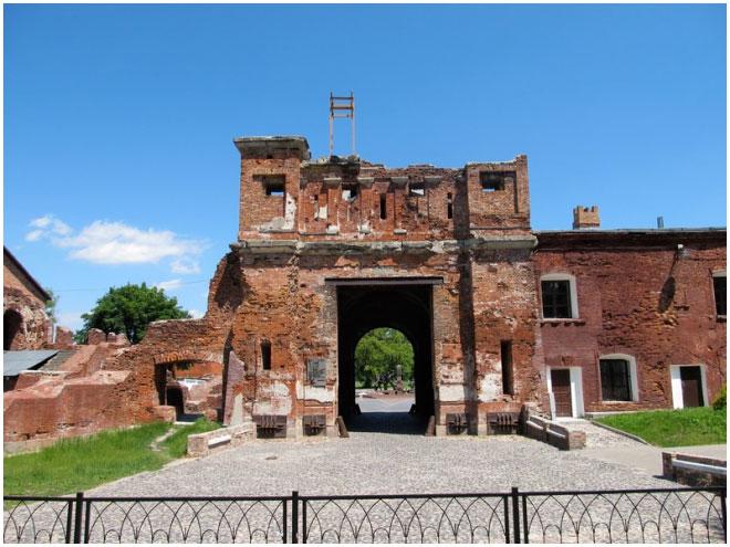 Тереспольские ворота. 2013 г.