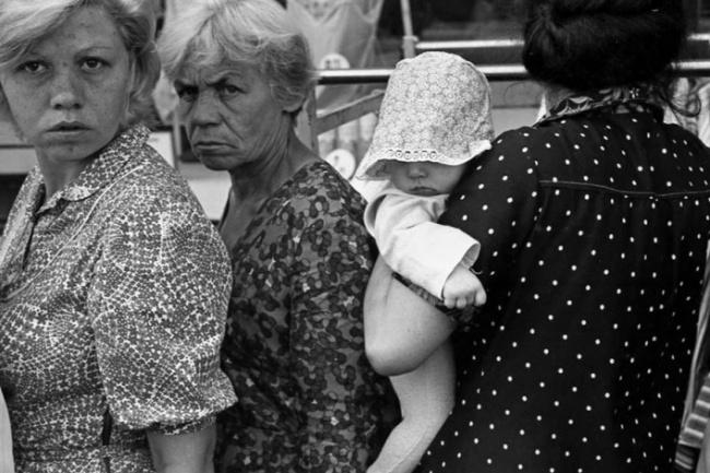 «Люди в очереди», Новокузнецк, 1982 год.