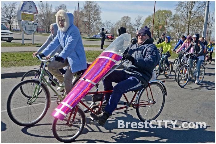 Велосипедисты Бреста открыли сезон  5 апреля 2014