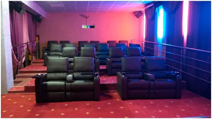 Вип-зал в кинотеатре Беларусь