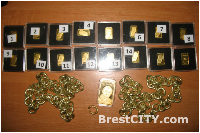 Золотые изделия изъяли на границе в Бресте