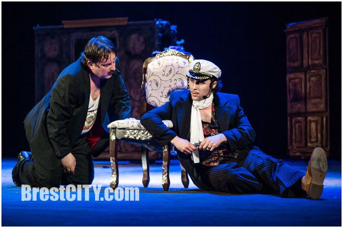 Мюзикл 12 стульев в Бресте