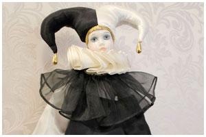 Бал кукол в музее спасенных ценностей