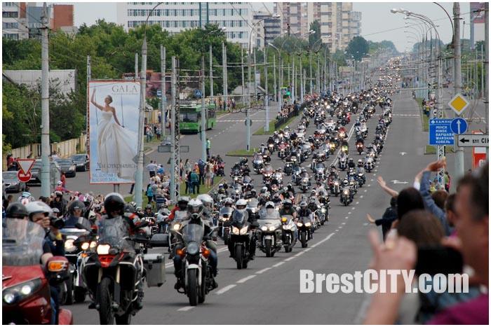 Парад байкеров по Бресту 30 мая 2015. Фото BrestCITY.com