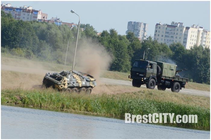 День ВДВ в Бресте 2 августа 2015. Фото BrestCITY.com