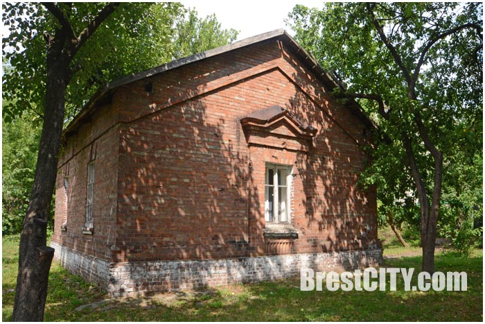 Кирпичный дом возле Северных ворот крепости