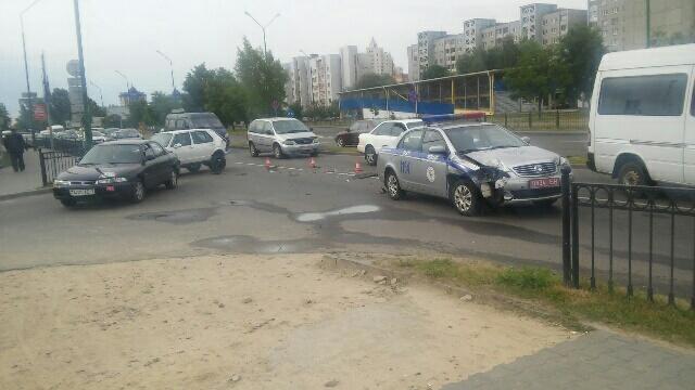 Авария с участием автомобиля ГАИ в Бресте 23 июня на Гродненской