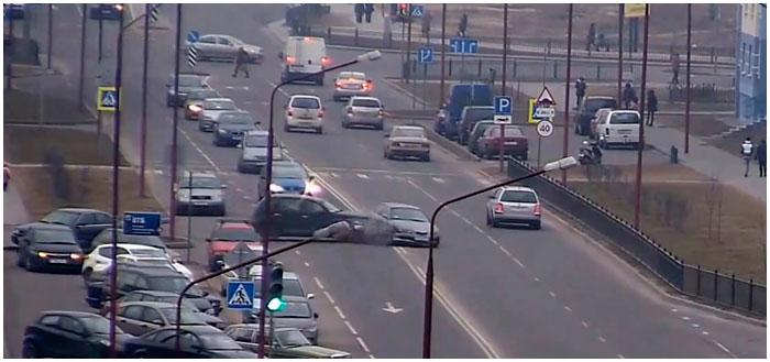 Авария в Бресте на улице Колесника 19 февраля 2015