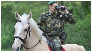 Пограничник на лошади