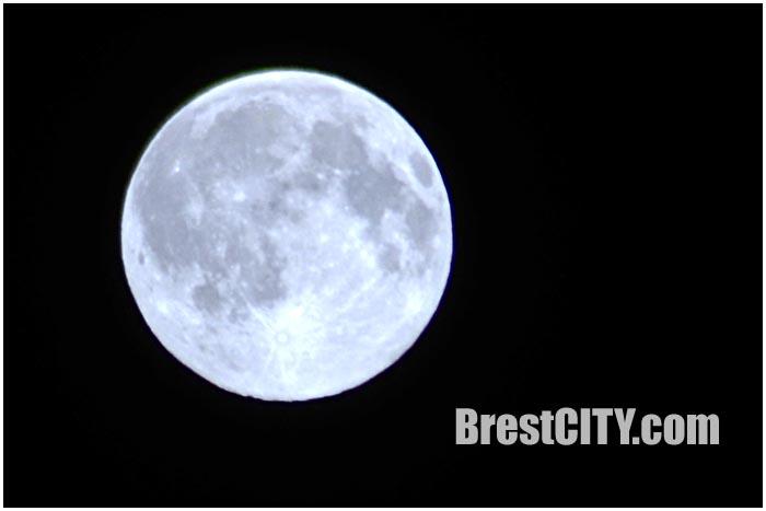 Голубая Луна в Бресте