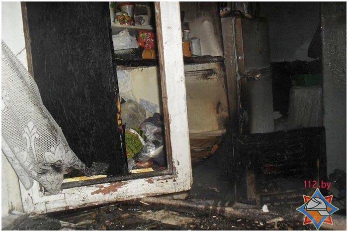 Милиционеры эвакуировали на пожаре семь человек в Бресте
