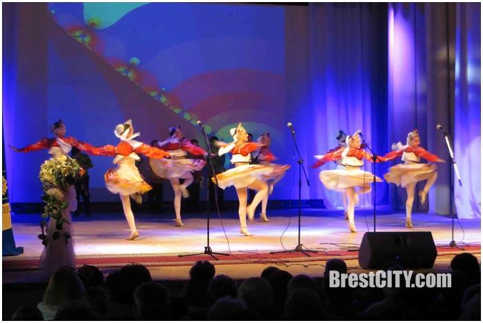 Праздничный концерт ко Дню пожилых людей в Бресте