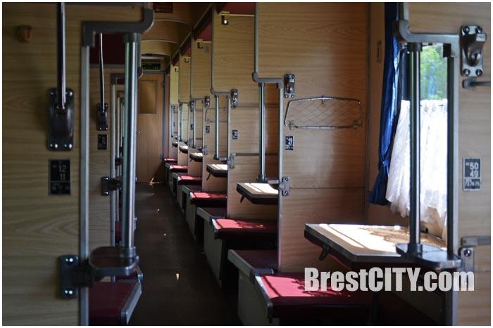 Пустой вагон поезда