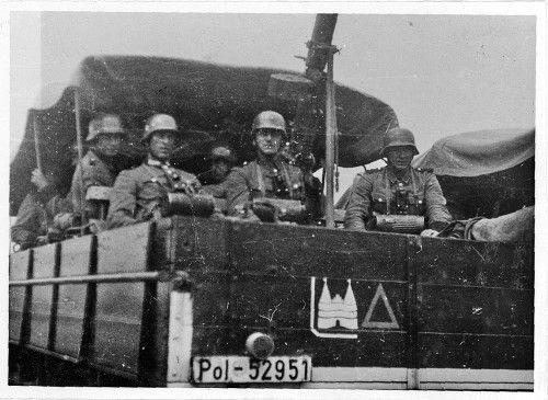 Расстрел мирных жителей в годы второй мировой войны