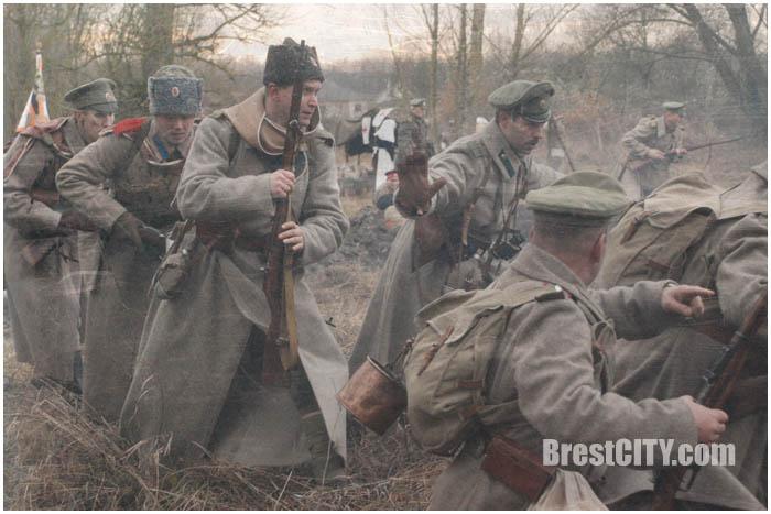 Реконструкция Первой мировой войны возле Бреста в деревне Скоки. Фото BrestCITY.com