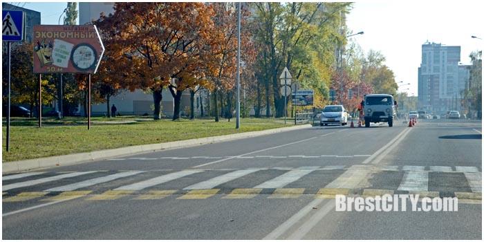 Закрыт переход на ул.Советской конституции в Бресте. Фото BrestCITY.com