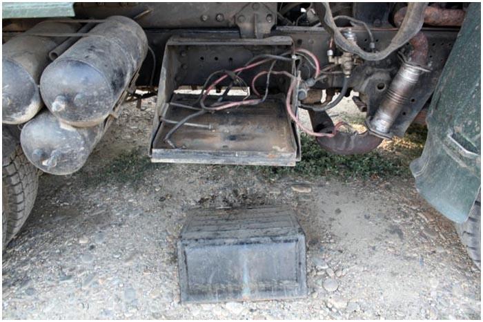 Аккумуляторная батарея в грузовике