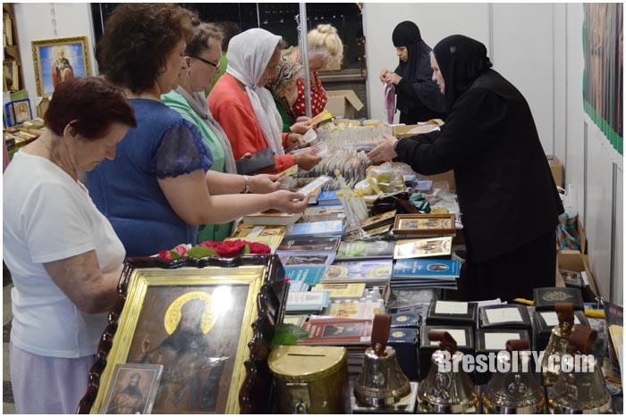 Брест Православный. Выставка-ярмарка возле ДК Профсоюзов 2016. Фото BrestCITY.com