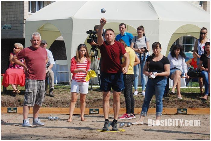 Соревнования по петанку в Бресте. Фото BrestCITY.com