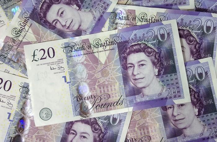 20 английских фунтов. Деньги Великобритании