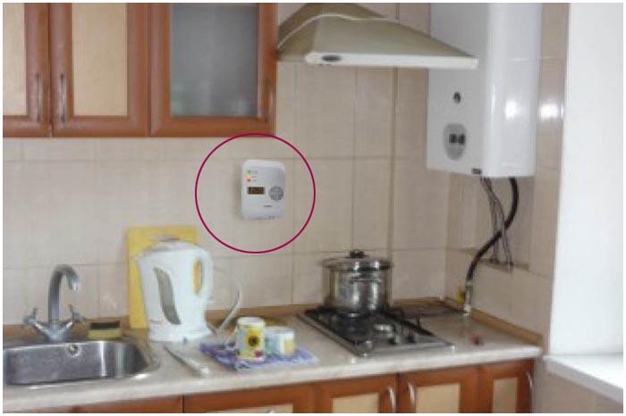 Датчик-извещатель угарного газа в квартире