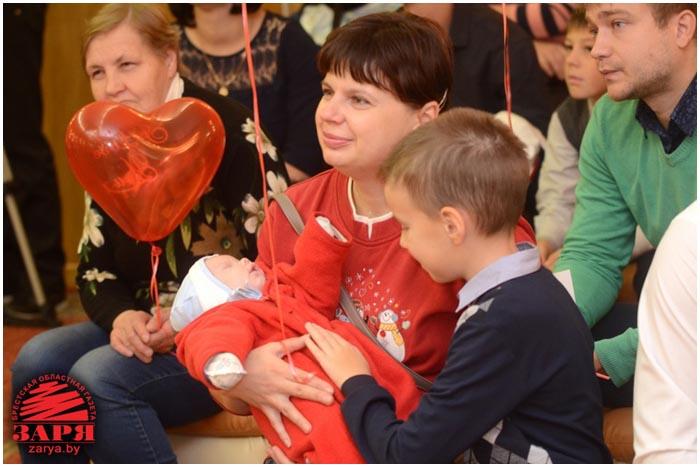 Дети, родившиеся в День мира