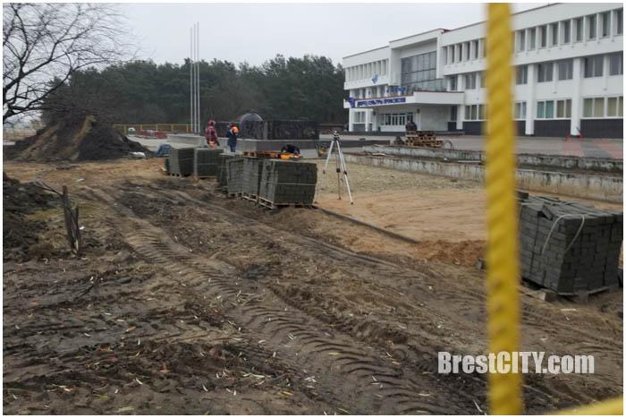 Реконструкция площадки возле ДК Профсоюзов в Бресте. Фото BrestCITY.com