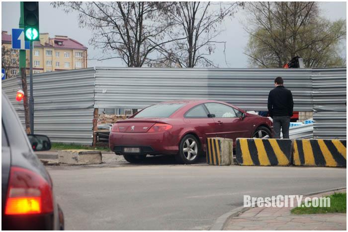 авария бентли пежо такси