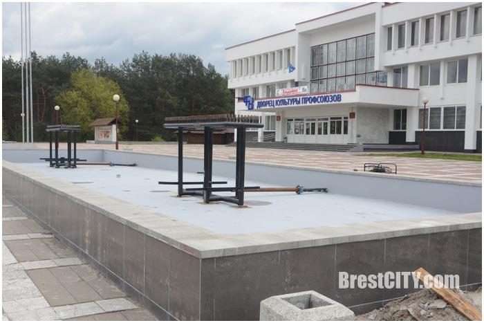 Новый фонтан возле ДК Профсоюзов в Бресте