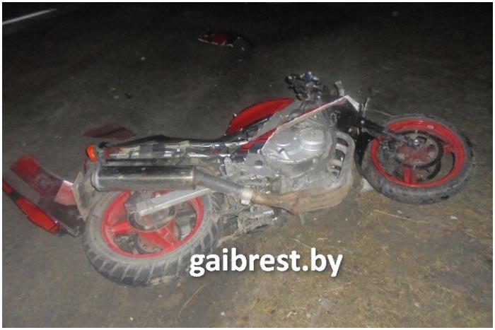Авария с участием мотоцикла Хонда в Столинском районе