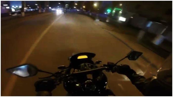 Ночью на мотоцикле